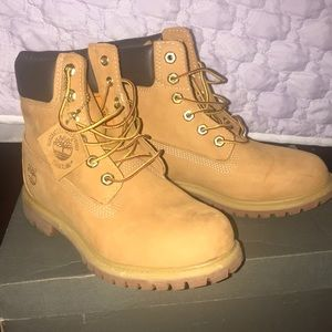 Women's Timberlands Boots